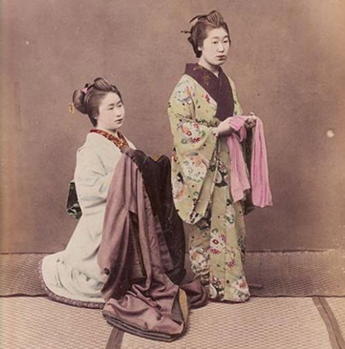 JapanShops_tradition_kimono2